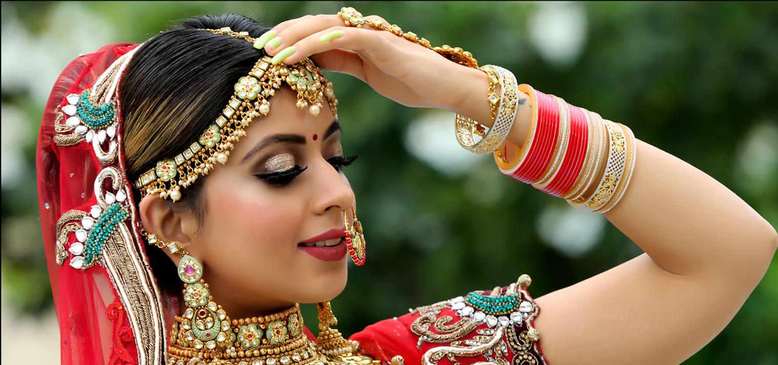 Freelance Makeup Artist Images
